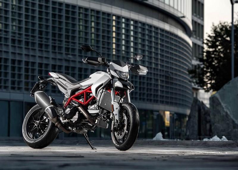 EICMA 15 Ducati Hypermotard